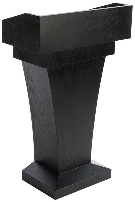 restaurant entrance podium semi enclosed reading surface