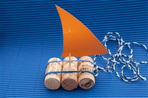 korkenboot lamp und leute