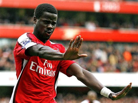 arsenal eboue emmanuel eboue could be on his way to galatasaray footie