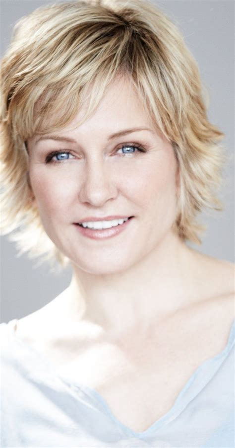 amy carlson short hairstyle 79 best blue bloods hotties images on pinterest sami