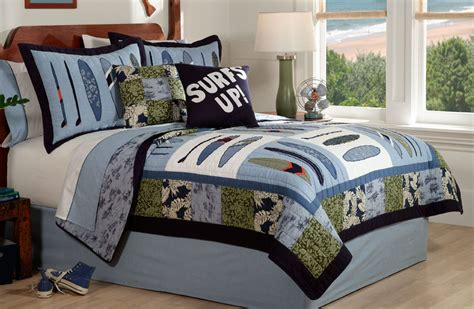 boys coverlet surf quilt bedding boys surfing bedding set in full or twin