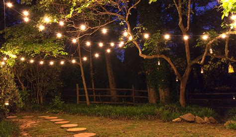 how to string lights on a christmas tree patio string lights and bulbs