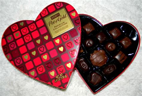 hershey valentines make valentine s day sweeter with hershey s giveaway ends