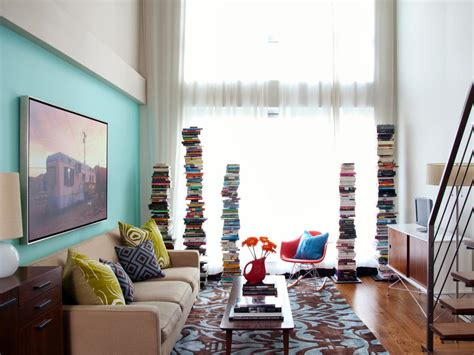 hgtv small living rooms looks can be deceiving although the tight living room of
