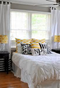 Yellow Master Bedroom Yellow And Gray Master Bedroom Furniture And Interior