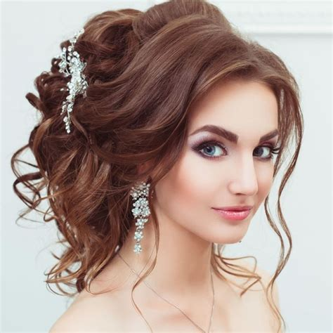 hairstyles for xmas party christmas party hairstyles for 2018 long medium or