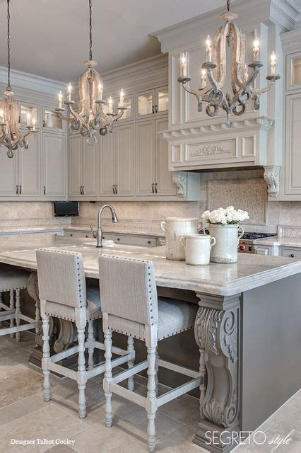 kitchen chandelier ideas 25 best chandelier ideas on pinterest chandeliers