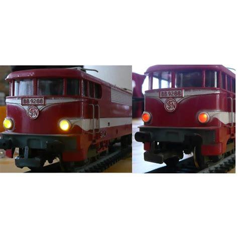 eclairage miniature trains miniatures miniature sur enperdresonlapin