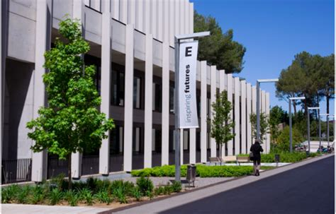 Esade Business School Mba by Mba留学 欧州留学 ビジネスのトータルサービス ビジネスパラダイム Mba留学 Esade