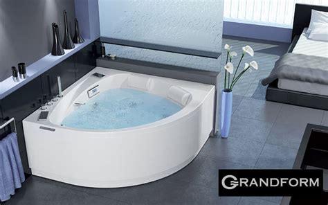 Baignoire Balneo Grandform by Grandform