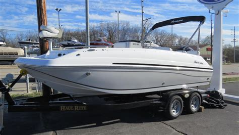 center console deck boats 2016 new hurricane center console 19 ob deck boat for sale