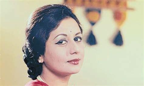 biography hindi film actress nanda indian actress nanda dies at 75 newspaper dawn com