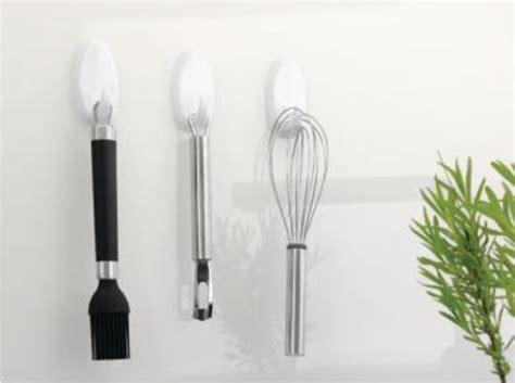 appendi utensili da cucina appendere senza bucare il muro cose di casa