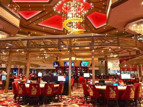asian themed hotel vegas las vegas lucky dragon casino resort reportedly struggling