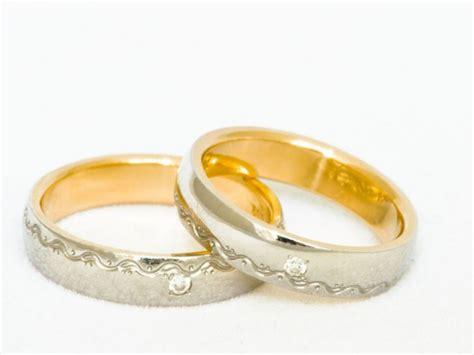 Harga Cincin Emas harga cincin emas per gram hari ini terbaru