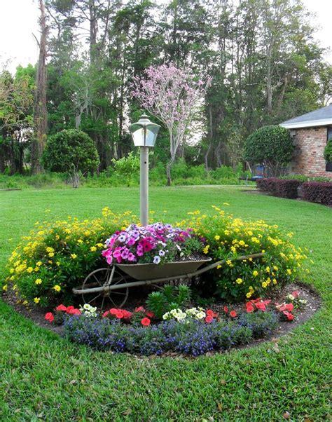 Wheelbarrow Garden Ideas Decorative Wheelbarrow Planters Woodworking Projects Plans