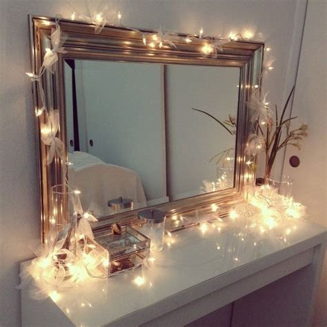Vanity Mirror With Light Bulbs Around It by Vanity Table With Lights Around Mirror Home Design