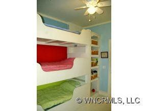 Three Level Bunk Bed Three Level Bunk Bed Bedroom Space Saving Ideas