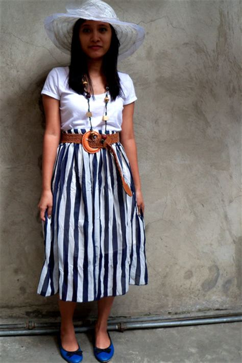 Jugo Skirt By Uwais 1 what can i wear with this skirt femalefashionadvice
