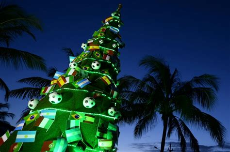 how do brazilians decorate for christmas costa do sauipe brazil photos decorations around the world ny daily news