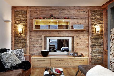 Alte Bretter Wandverkleidung by Altholz Bretter Balken Gehackt Bs Holzdesign
