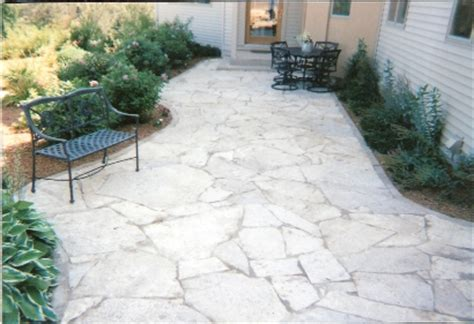 Limestone Patio by Luxury White Limestone For Outdoor Patios Nalboor