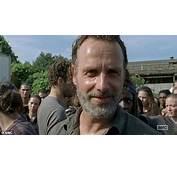 Rick Grimes Meets King Ezekiel As The Walking Dead Return