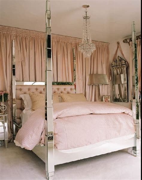hollywood style bedroom furniture 25 best ideas about hollywood glamour decor on pinterest