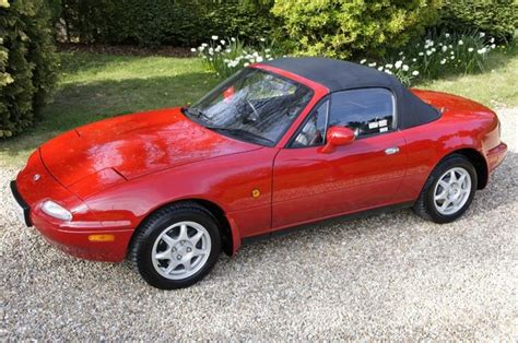 information and history of the mazda mx5 mk2 nb
