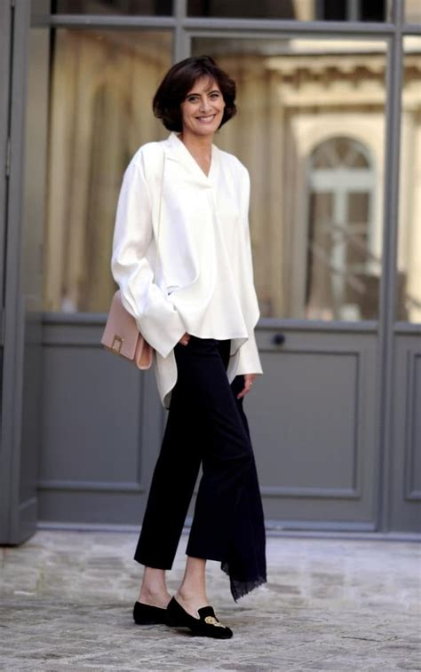 libro the new chic french french style icon in 232 s de la fressange on the new rules of parisian chic