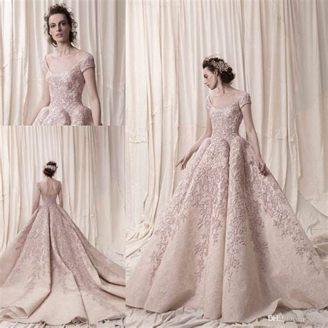 Arab Dubai Short Sleeves Ball Gown Luxury Embroidery