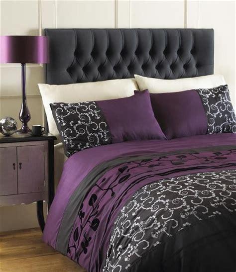 plum and grey bedding 25 best ideas about plum bedding on pinterest farm