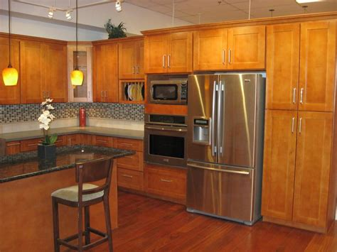 Maple Shaker Kitchen Cabinets Our Most Popular Cabinets Honey Maple Shaker Style Yelp