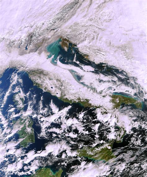 imagenes satelitales actuales cadgis it immagine satellitare dell italia sotto la neve