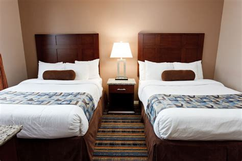 two double beds downtown vancouver hotel suites ramada vancouver downtown bc