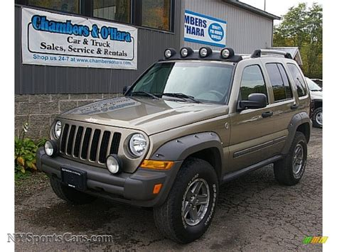 jeep renegade lights 2006 jeep liberty renegade 4x4 in light khaki metallic