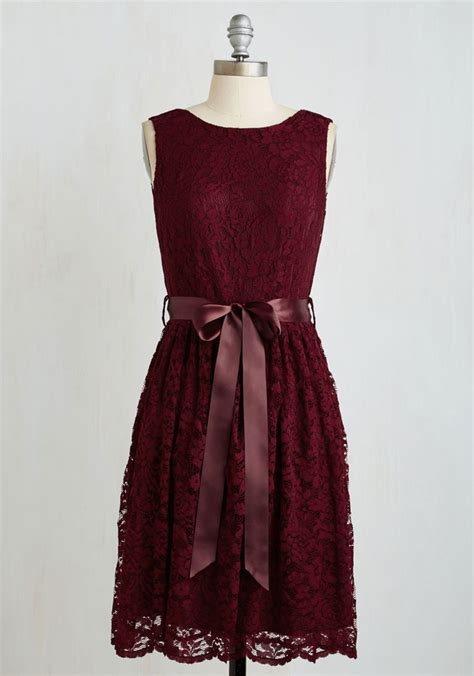 wine colored dress 25 best wine colored dresses trending ideas on