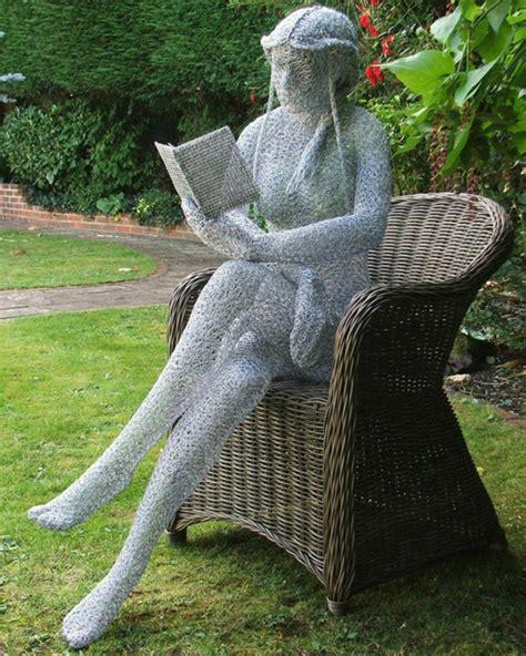 gartenskulpturen modern moderne gartenskulpturen machen ihren garten innovativ