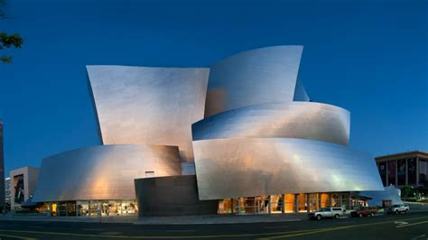 building the and work of frank gehry books building new bio explores and work of