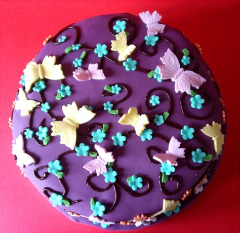 utterly scrummy food for families a very girlie chocolate birthday cake