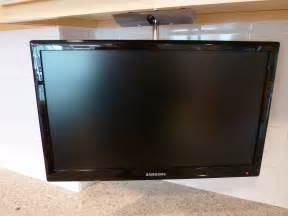 Under Cabinet Television For Kitchen by My Annual Cablevision Rant Earth Ocean Sky Redux