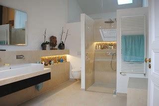 pool badezimmerideen bad unterm dach