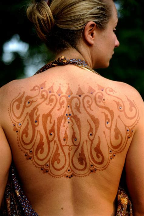back henna tattoos henna in back makedes