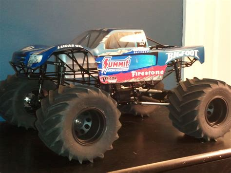rc monster truck home build solid axles monster truck using 1 8