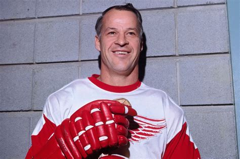 Before And After Homes by Gordie Howe Stroke Sparks Outpouring Of Memories Feschuk