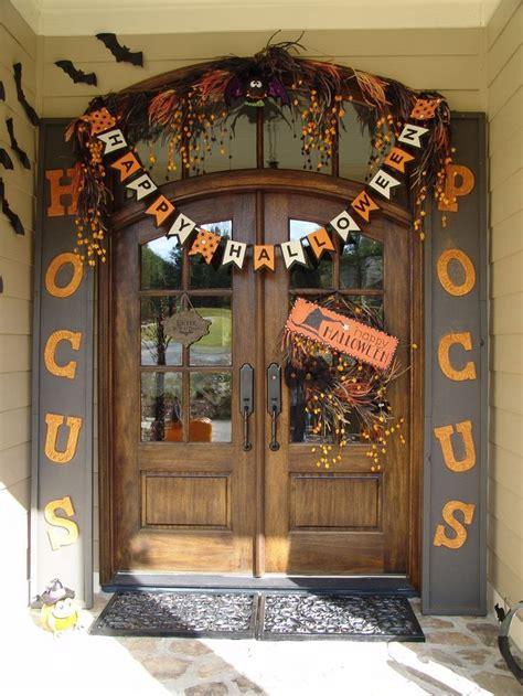 halloween themes for banks best 25 halloween decorating ideas ideas on pinterest