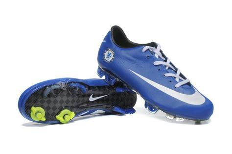 chelsea football shoes new photos 2011 12 11