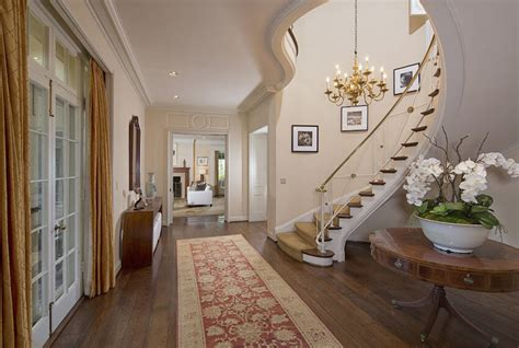 taylor swift house beverly hills inside taylor swift s 25 million beverly hills mansion