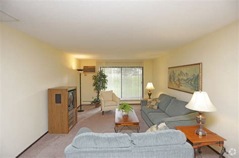 1 bedroom apartments in eau claire wi westwinds rentals eau claire wi apartments com