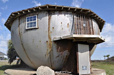 bizarre houses 19 strange and unusual homes around the world thuglifer com